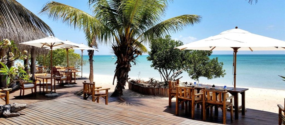 Mozambique Accommodation Azura Resort Beach accommodation African Travel Specialists Africa
