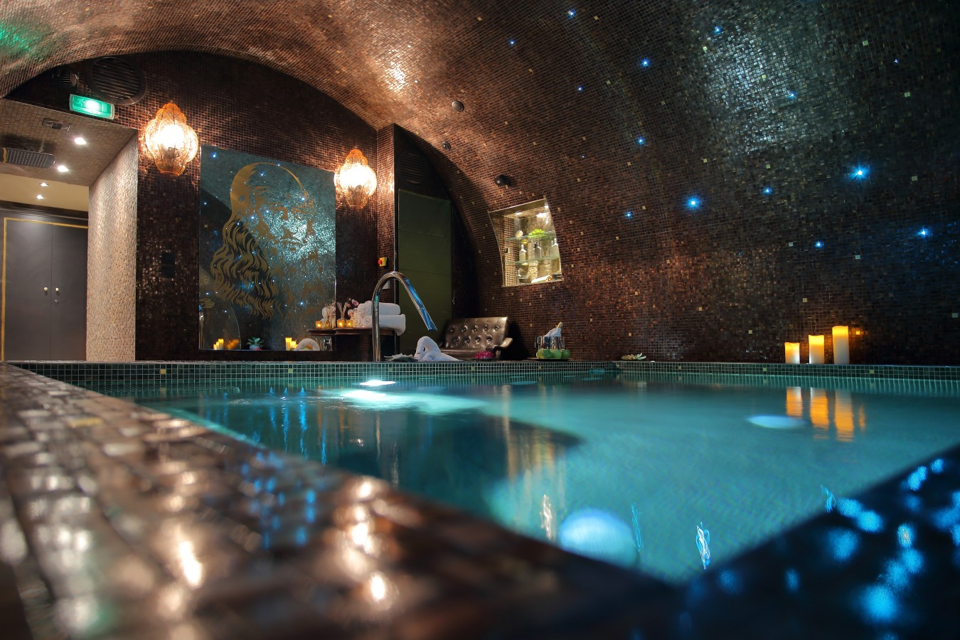 Johannesburg davinci hotel and suites african travel for Hotel spa paris couple