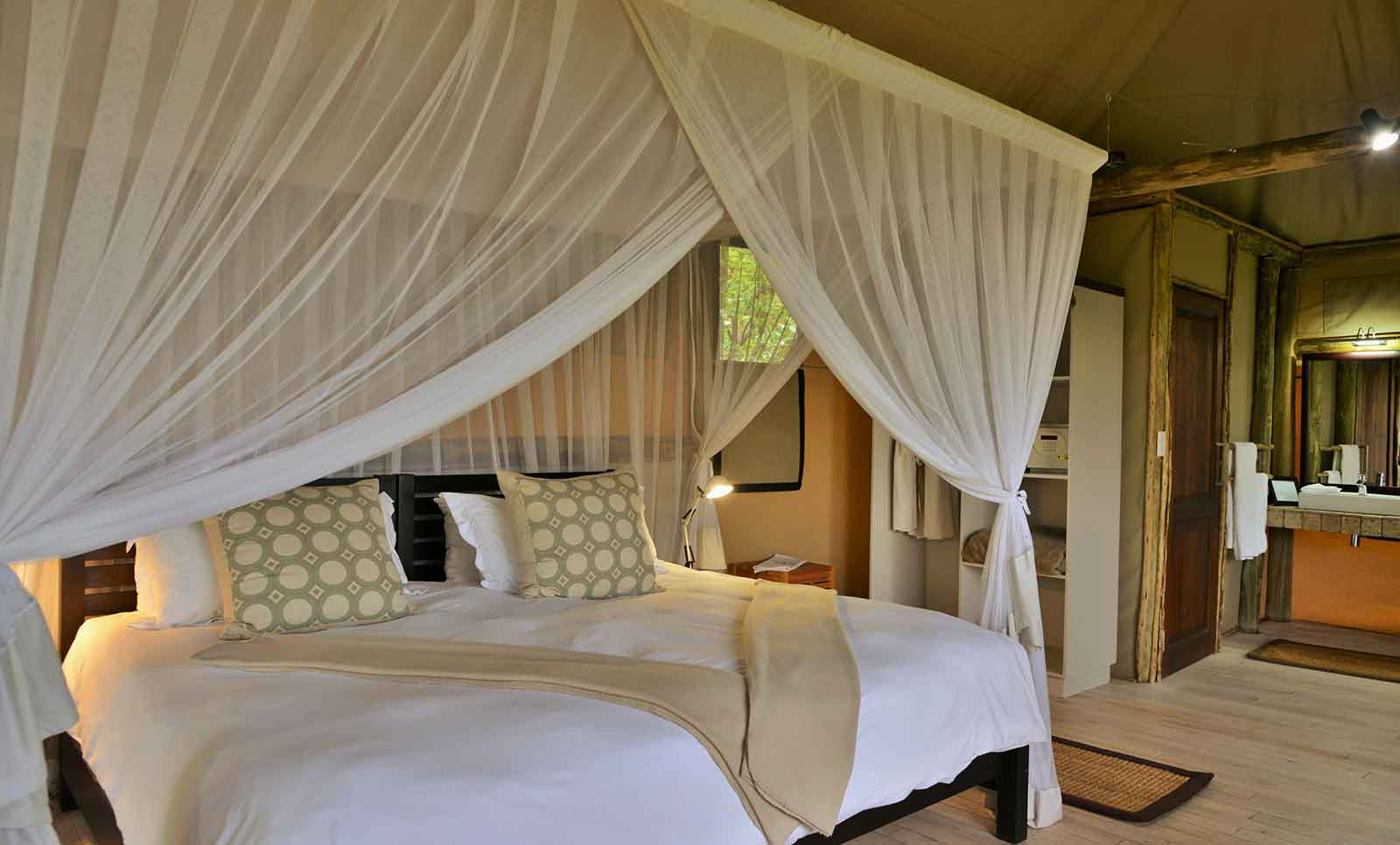 Africa African Travel Specialists Botswana Botswana Fly-in Safari Ghoha Hills Savuti Lodge