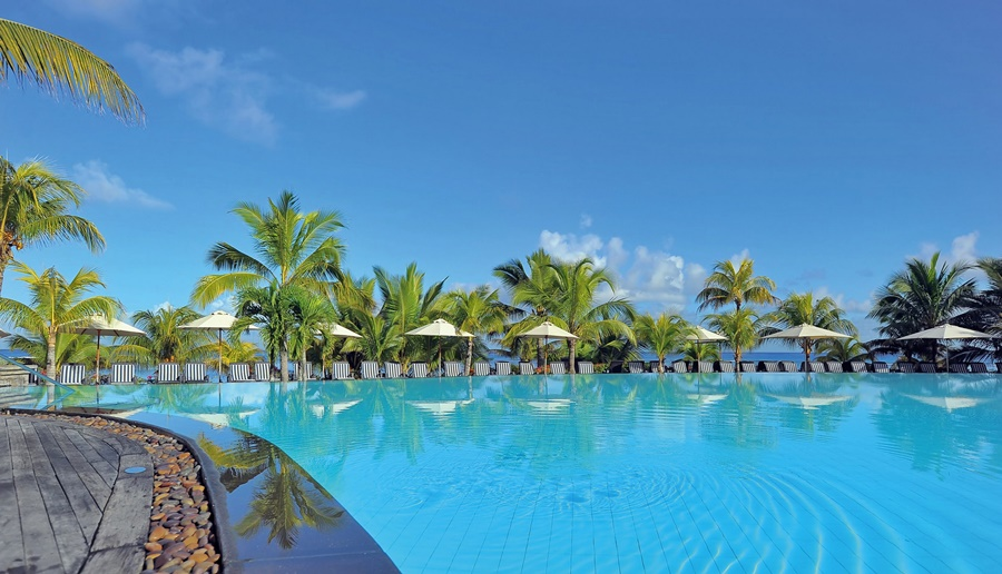 Mauritius Accommodation Le Victoria  Beach accommodation African Travel Specialists Africa