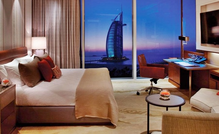 Dubai Accommodation The Jumeirah Beach Hotel City Escape African Travel Specialists  Africa