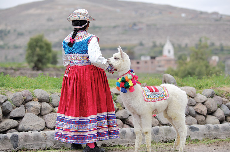 peru, Woman, HIghlights of Peru, South American Travel Specialists