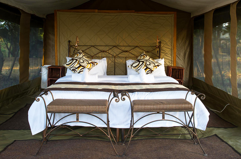 Enaidura luxury mobile camp africa kenya african travel specialists