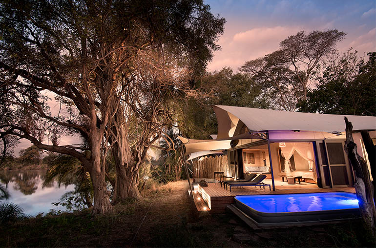 thorntree river lodge Plunge pool victoria falls zambia africa african travel specialists