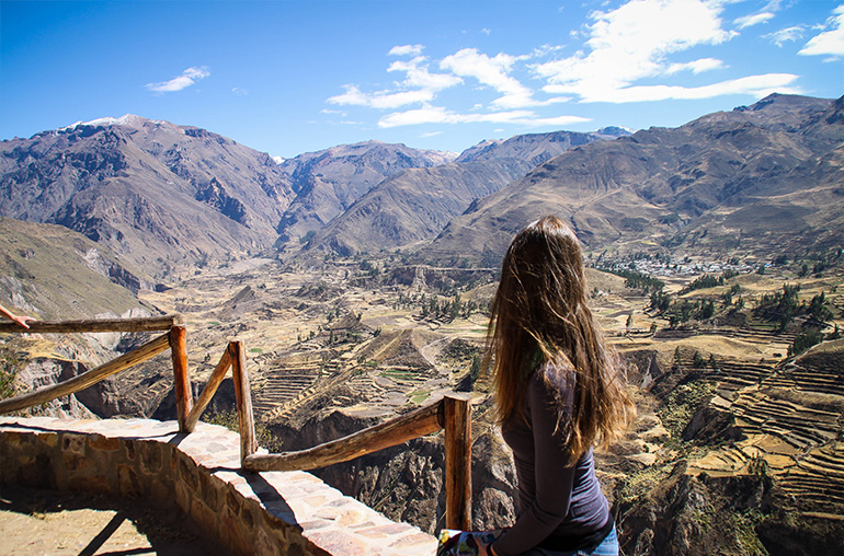 colca canyon  girl  view  peru